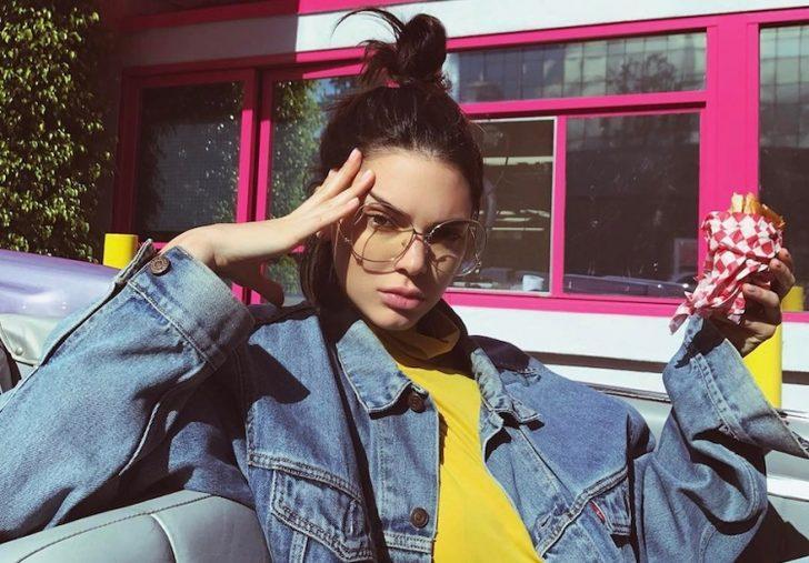 Kendall Jenner, Türk suyu içiyor