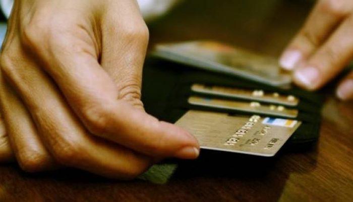 Erdoğan'dan müjdeyi verdi: Elektrik faturası desteği, kredi kartı borç yapılandırması ve 350 bin esnafa kredi