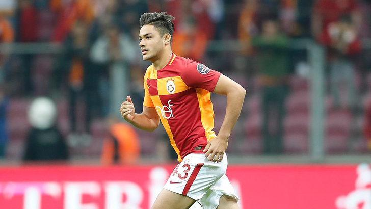 Galatasaray'ın genç yıldızı Ozan Kabak'tan kötü haber!