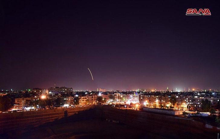 İsrail Şam'ı vurdu! Savaş uçakları ve füzeler Şam havalimanını hedef aldı