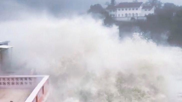Mangkhut Tayfunu Çin'de Etkili Oluyor