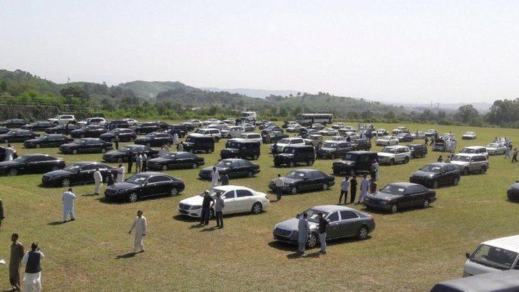 Başbakan'dan satılık az kullanılmış otomobil