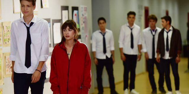 4N1K İlk Aşk 11. yeni bölüm fragmanı: Ali, Yaprak ve Barış kavgası! (4N1K İlk Aşk son bölüm izle)
