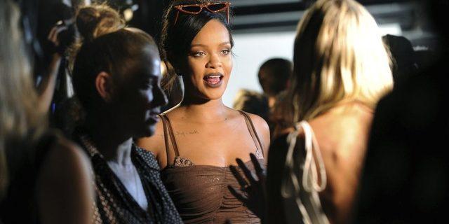 Rihanna'ya ülkesinden 'tam yetkili elçi' görevi!