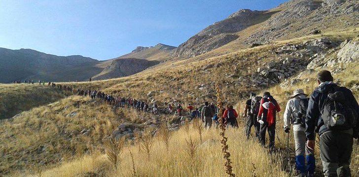 Tomarza 4'üncü Ulusal Beydağı tırmanışı gerçekleştirildi