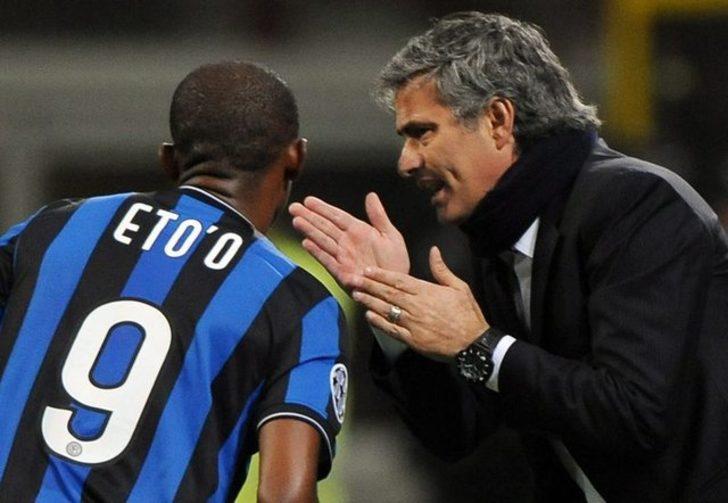 Eto'o: Çok büyük hocalarla çalıştım ama Mourinho gibi başka bir karakter yok. O etrafınızdayken asla sıkılmazsınız ve ondan 1 tane var.