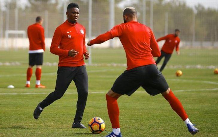 Samuel Eto'o: Fenerbahçe, Beşiktaş ya da Galatasaray'ın oyuncusu olsaydım biliyorum ki Antalyaspor'da attığımın üç katını atmış olacaktım.