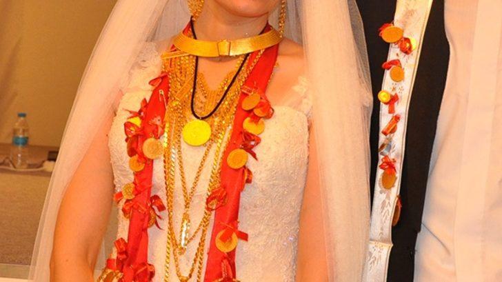 Altın taktığı kişi, kendi düğününe gelmeyince icraya başvurdu! Mahkemeden emsal karar
