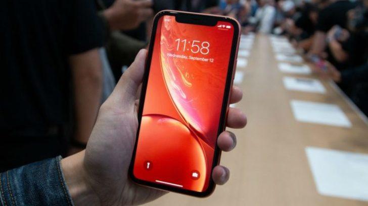 Uygun fiyatlı iPhone, artık satışa hazır