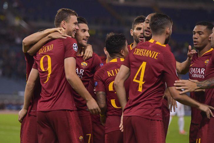 Maça fırtına gibi başlayan ev sahibi 3. dakikada Edin Dzeko'nun golüyle 1-0 öne geçti.