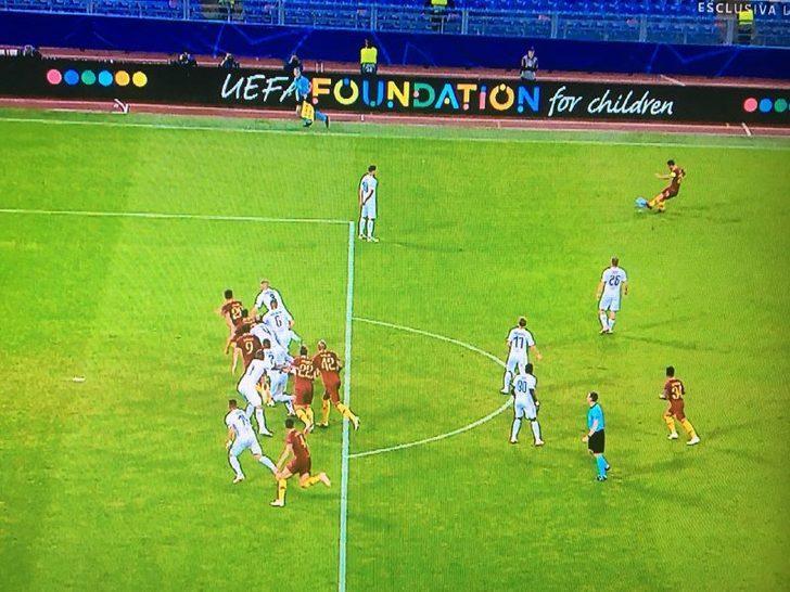84'te Fazio, Roma adına bir gol daha attı ancak pozisyon ofsayt olduğu için gol geçersiz sayıldı.