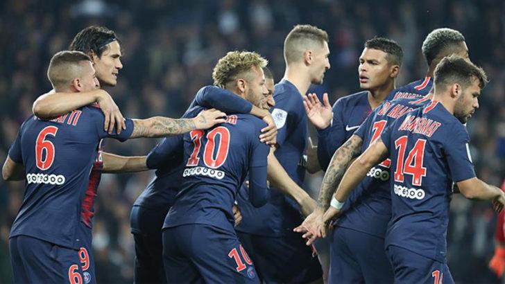 Mbappe 4 gol attı, Paris Saint-Germain kazandı