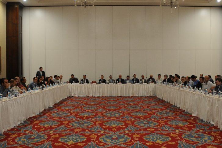 Mardin'de acil sağlık hizmetleri masaya yatırıldı