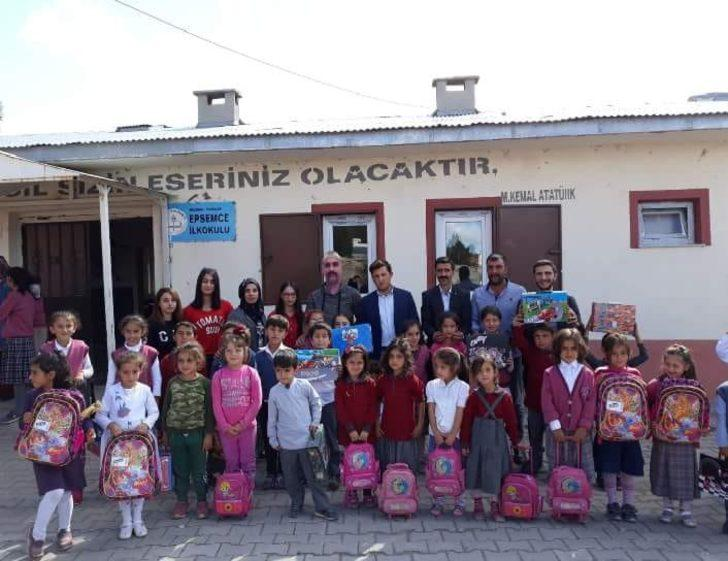 Ülkü Ocakları'ndan 'Kardeş Köy Okulları' projesi