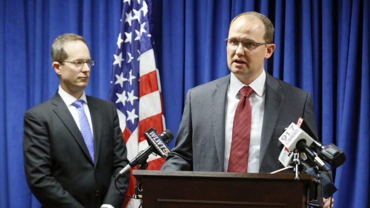 Çin Güvenlik Bakanlığı Çalışanı Gözaltına Alınarak ABD'ye Gönderildi