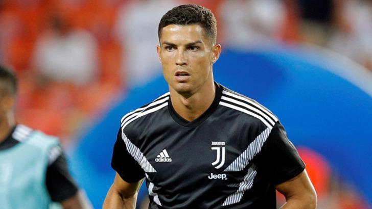 Raffaella Fico: Ronaldo tecavüz etmez