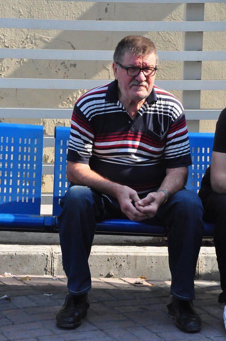İzmir Adliyesi'nde gaz sızıntısı; zehirlenen 22 kişi tedaviye alındı (4)
