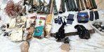 Beytüşşebap'ta sığınakta 13 roket başlığı ele geçirildi