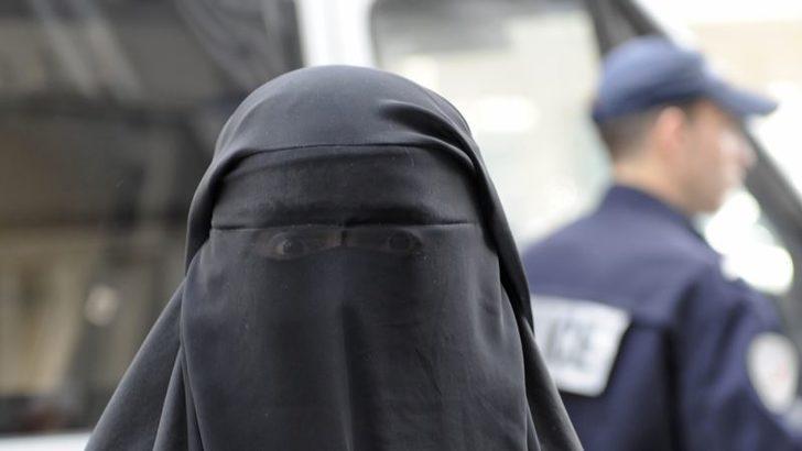 BM İnsan Hakları Komitesi'nden Fransa'ya Burka Yasağı Uyarısı