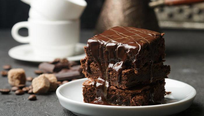 Islak kek tarifi: Çikolatalı, kakaolu ve kolay ıslak kek tarifleri (Videolu anlatım)