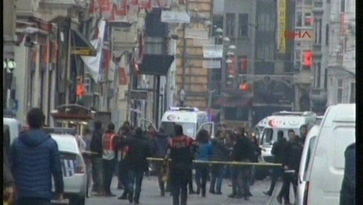 İstanbul'da Patlama! İstiklal Caddesi'nde Canlı Bomba Patladı (Son Dakika)