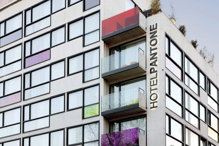 Tasarımcılar İçin Anlamlı, Herkes İçin Renkli ve Eğlenceli Bir Otel: Pantone Hotel, Brüksel