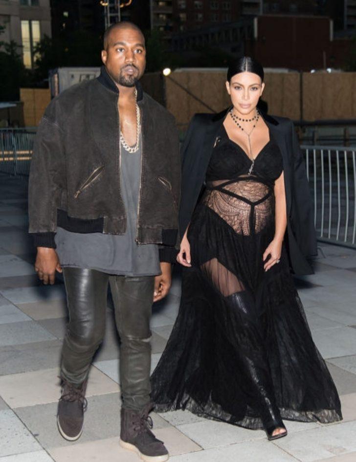 Kim Kardashian'ın En Seksi 10 Hamile Kıyafeti!
