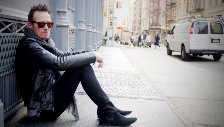 Grunge Müziğin Bir Efsanesi Daha Gitti: Scott Weiland 4 Aralık 2015 Sabahı Tur Otobüsünde Ölü Bulundu.