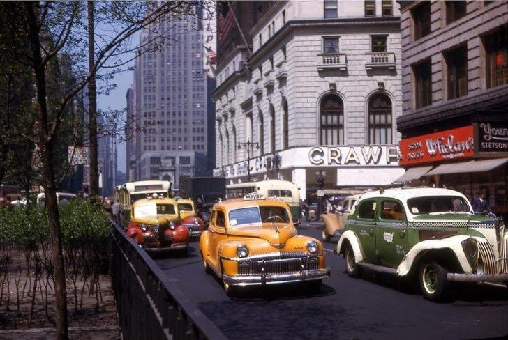 II. Dünya Savaşı Sonrası Dünya'dan Renklendirilmiş Kareler