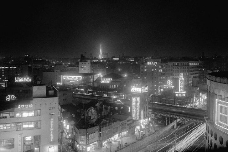 Japonya'nın İkinci Dünya Savaşı'ndan Sonraki Toparlanma ve Hızlı Yükseliş Sürecini Gösteren 37 Fotoğraf