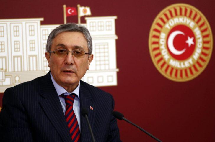 Türkiye İhracatta Gittikçe Geriliyor mu?