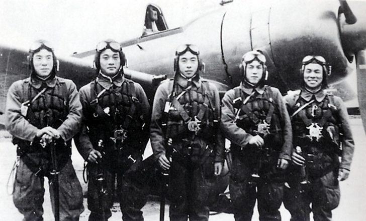 Profesyonel İntiharcılar; Japonların Kamikaze Uçakları