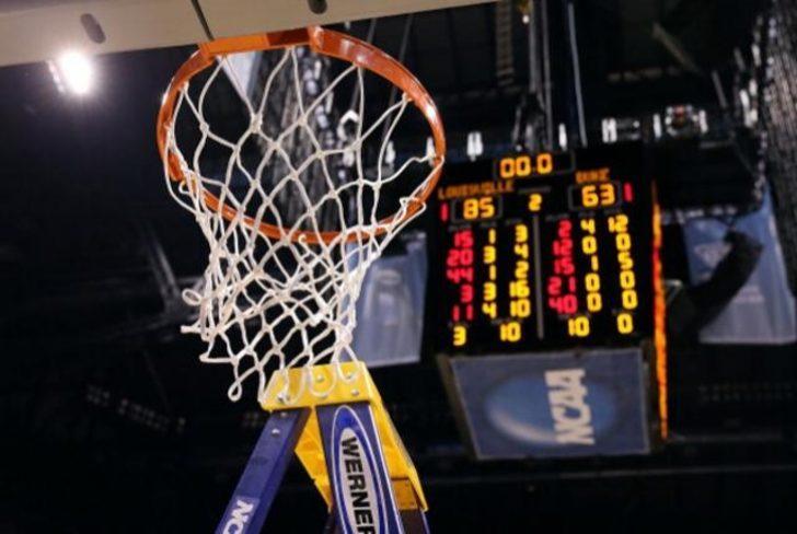 Basketbol Takımları Neden Fileleri Kesiyor?
