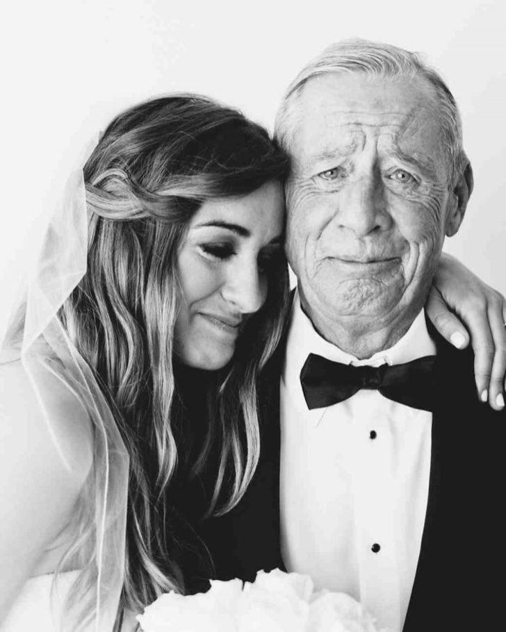 Düğün günü kızlarını gören babalar ve tutulamayan göz yaşları