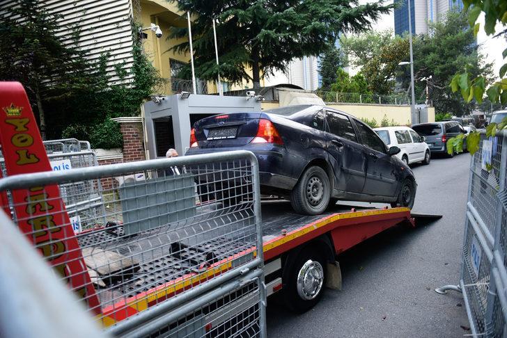 Konsolosluktaki plakasız araç çekici ile götürüldü