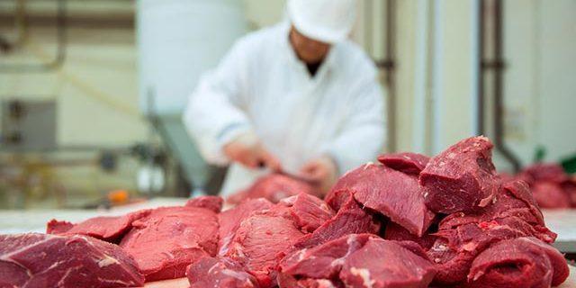 Uyarı çok ciddi! Bu etler iç organları mahvediyor