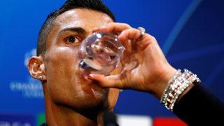 Yok artık Ronaldo! Servet değerinde saat