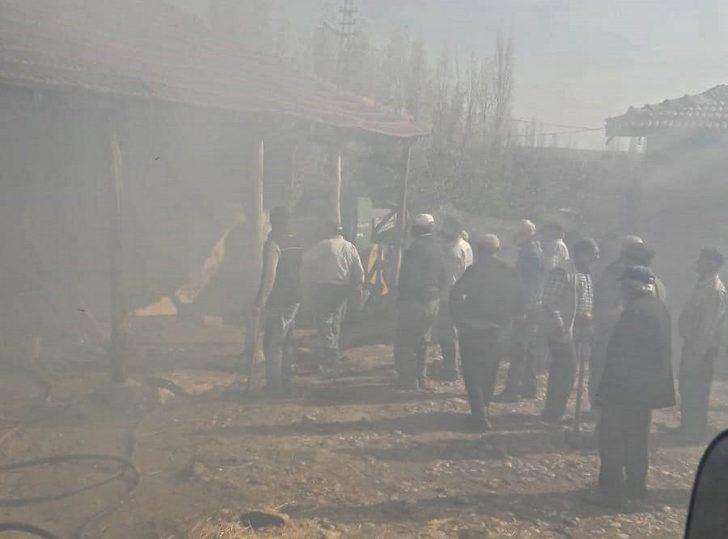 Sungurlu'da tandır yangını