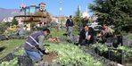 Safranbolu'da park ve bahçeler renkleniyor