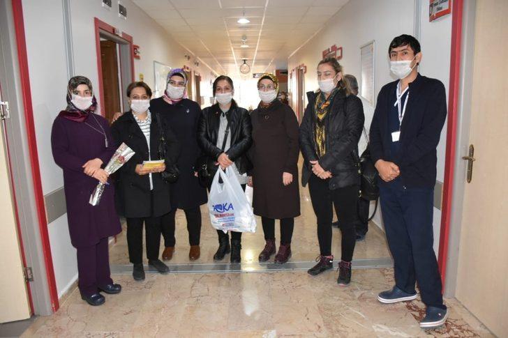 MHP'den lösemili hastalara ziyaret