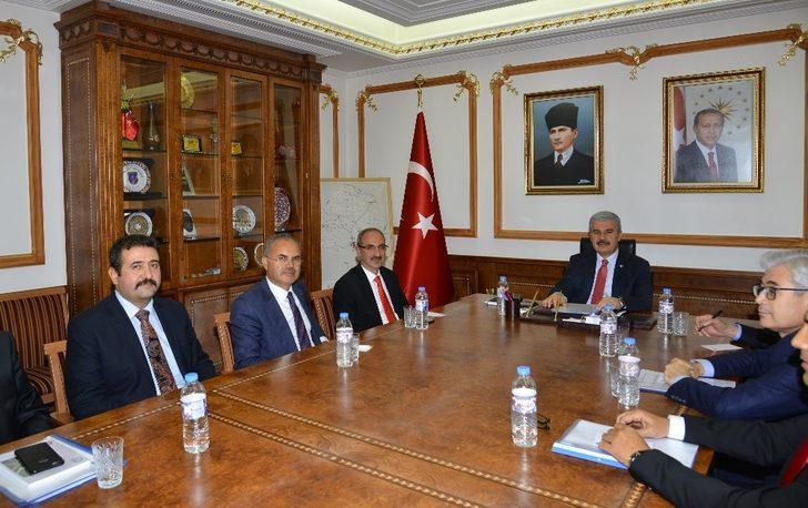 İş adamları, il ekonomisi için Kırşehir protokolü ile bir araya geldi