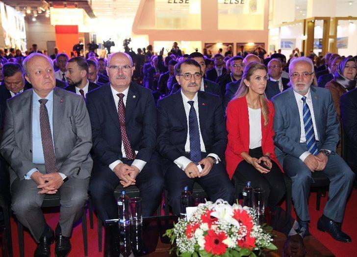 ATO Başkanı Baran, 11. Uluslararası Enerji Kongresi ve Fuarı'na katıldı