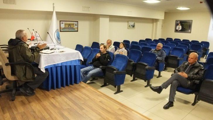 Burhaniye'de Zeytin Üreticileri Federasyonu toplandı