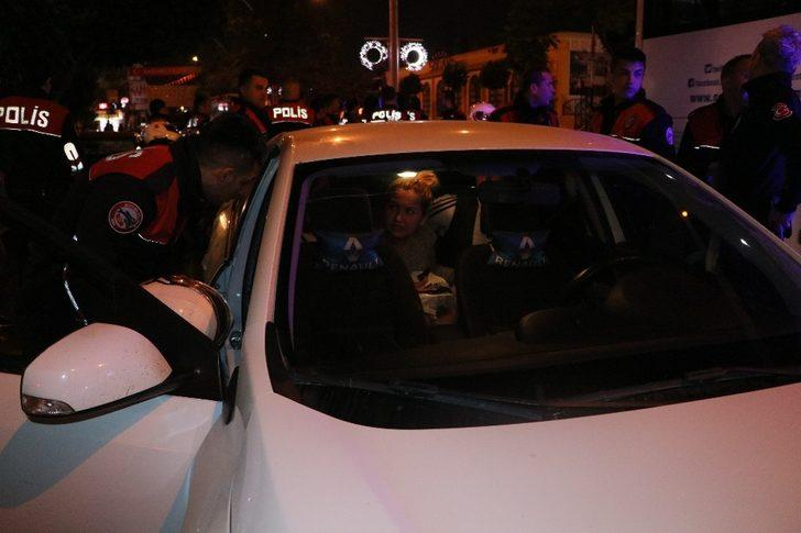 Alkollü sürücü polisten kaçmayı denedi ama başaramadı