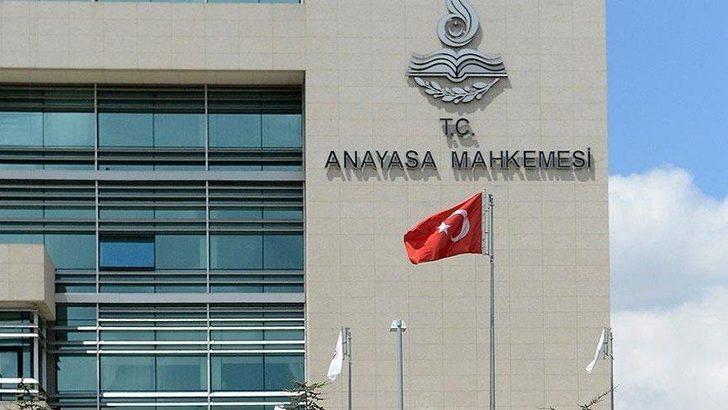 AYM'nin kararı Resmi Gazete'de yayımlandı! DSP'nin mal varlığı Hazine'ye geçti