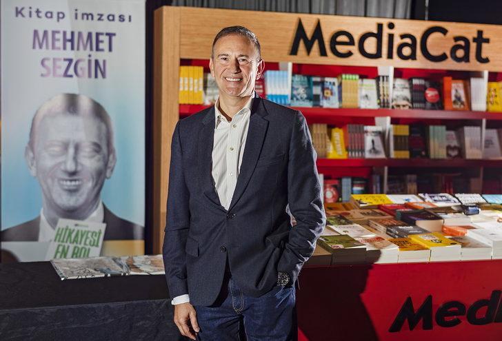 'Hikayesi En Bol' kredi kartının kitabı çıktı