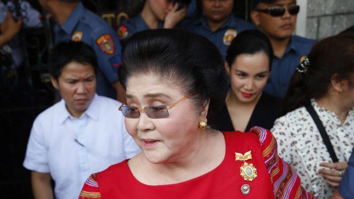 Eski Filipinler Devlet Başkanının Eşi Marcos'a Rüşvetten Hapis Cezası
